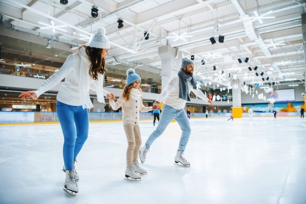 10 Destinasi Ice Skating Terindah Di Dunia